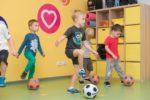 Фото занятия футболом для детей - 3